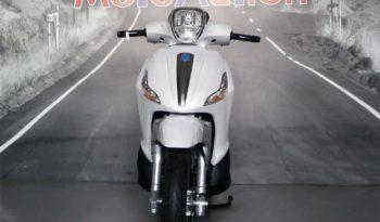 Piaggio Beverly 300 – Nuovo MY18 completo