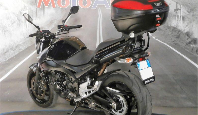 SUZUKI GSR 600 completo