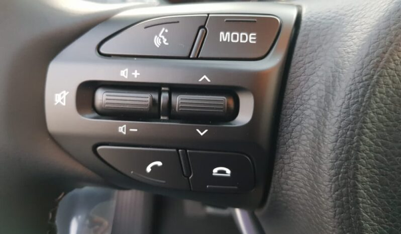 Kia Stonic 1.0 T-GDi MHEV 100 CV iMT STYLE #NUOVA completo